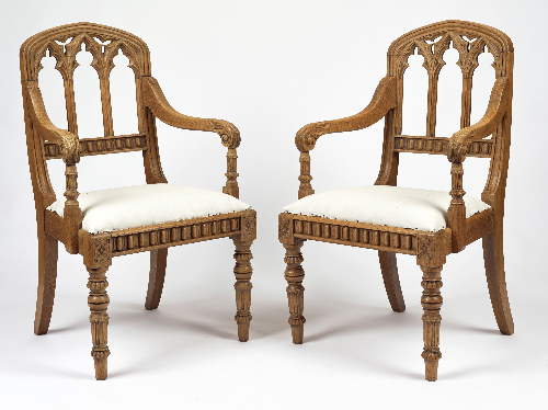 A pair of oak gothic chairs - ref 407